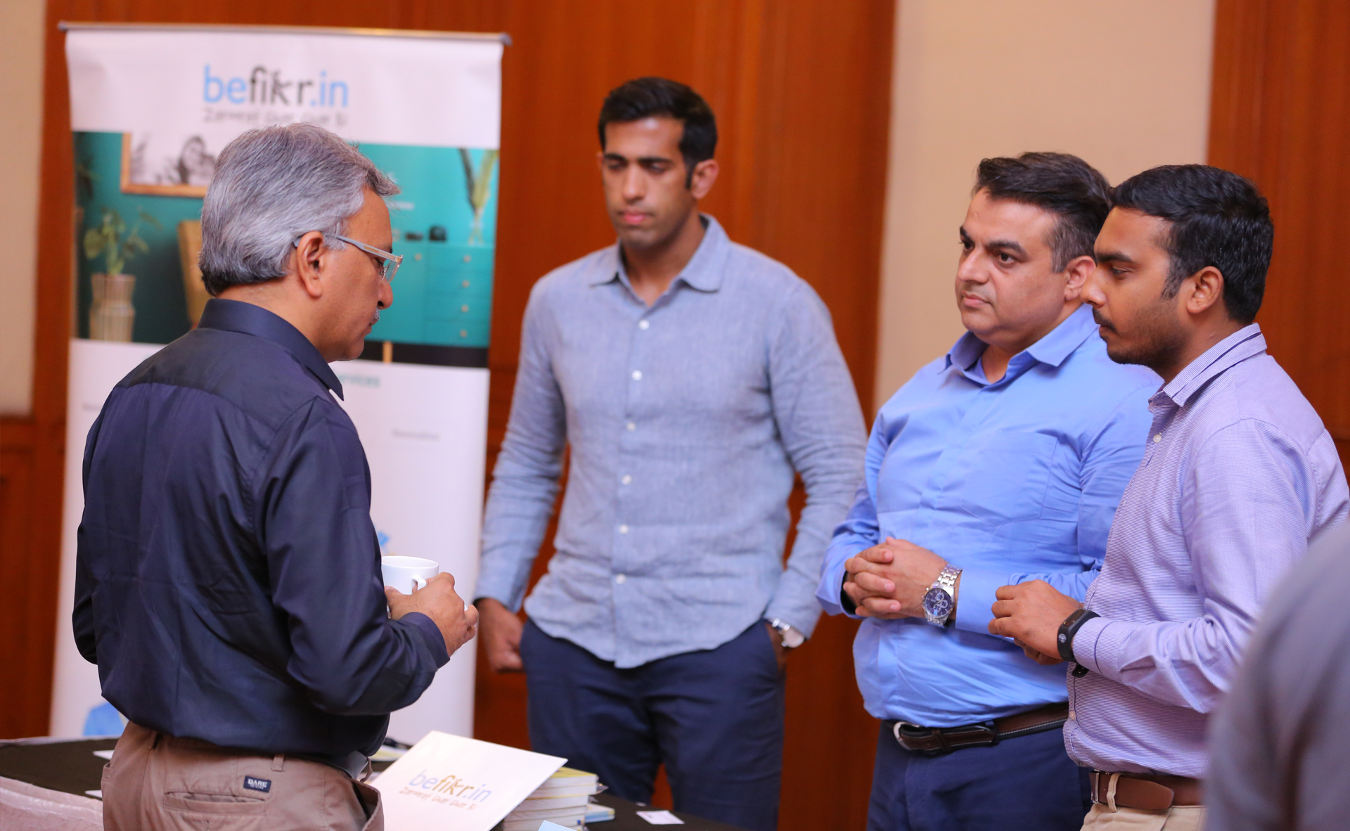 Guests interacting with Entrepreneurs